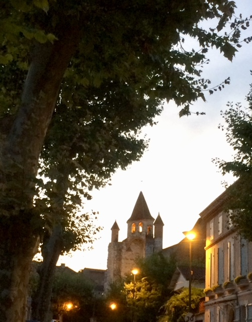 evening in Auvillar
